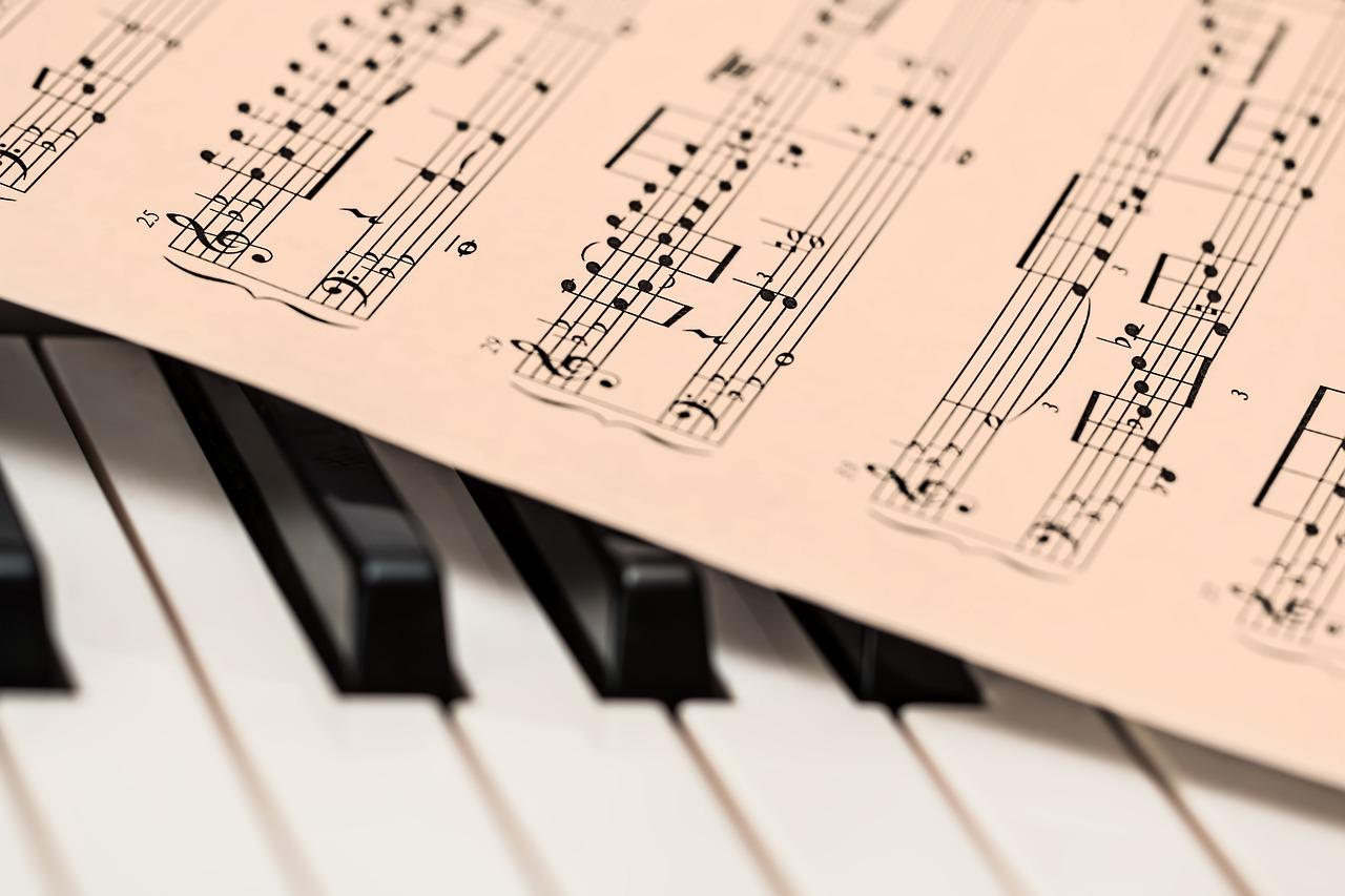プロに習って実感した初心者が作曲するために勉強すべき3つの要素