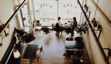 アートアクアリウム美術館の周辺のカフェ|デートにオススメ8店